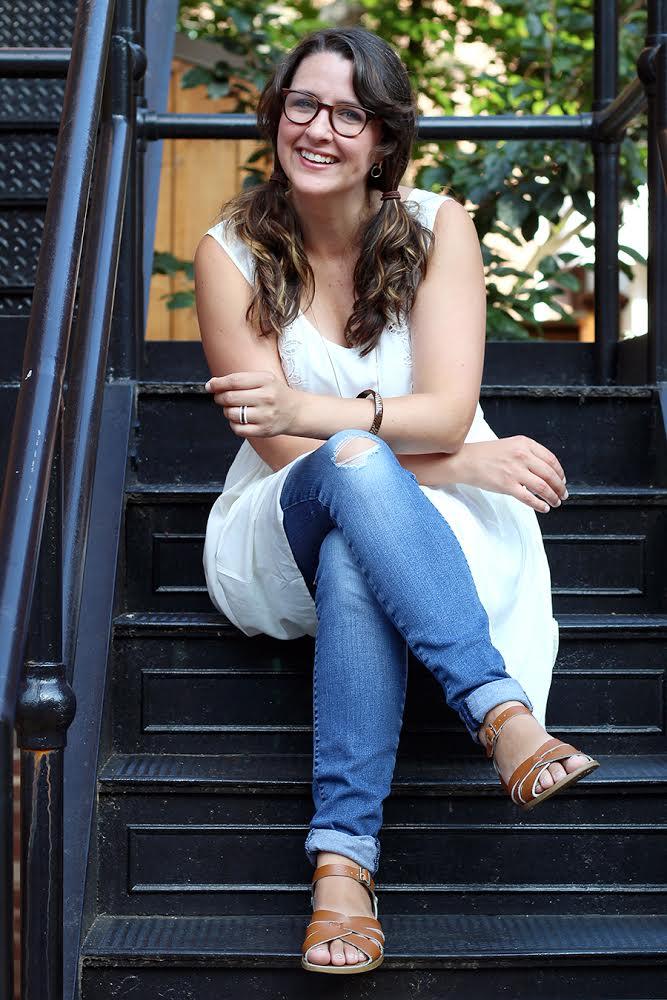 successful blogger Julia Fain